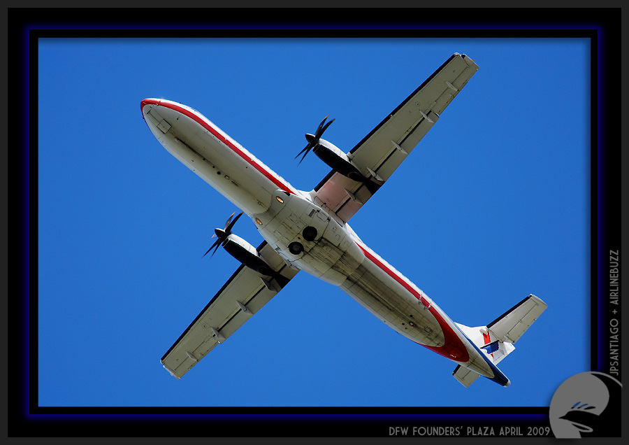 american eagle flying. ^American Eagle ERJ-145 N643AE